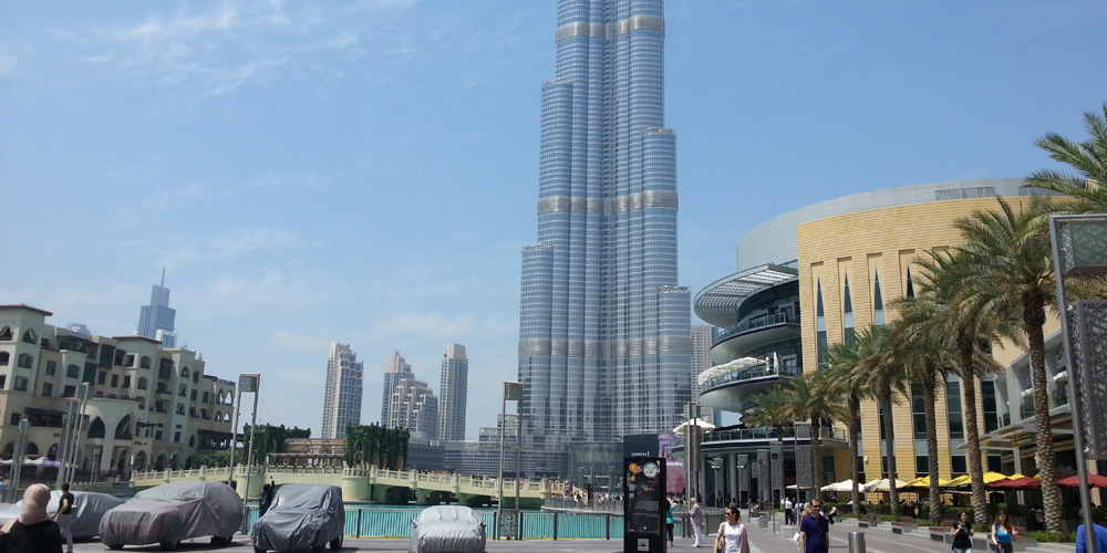Burj Khalifa and the Dubai mall.