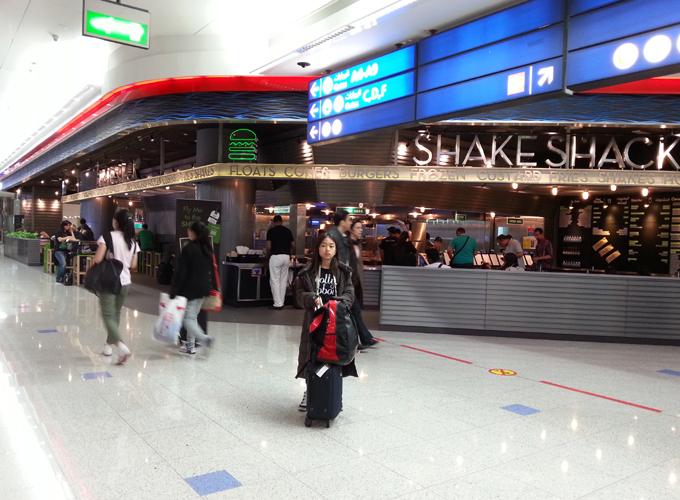 空港内レストラン