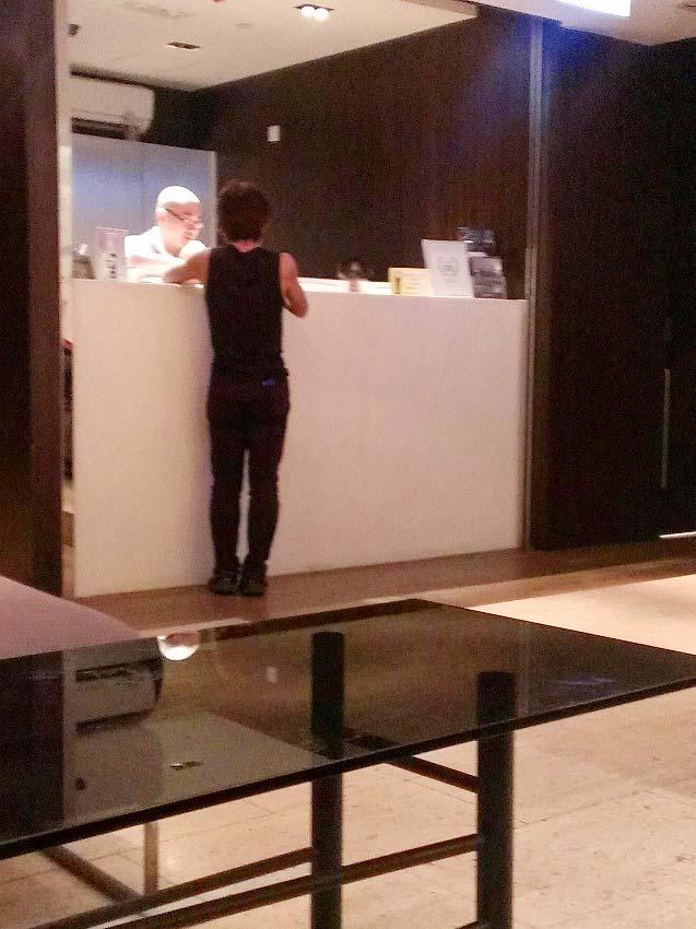 ハッピーアワー・オボロ ウェスト カオルーン(Hotel Ovolo West Kowloon.)