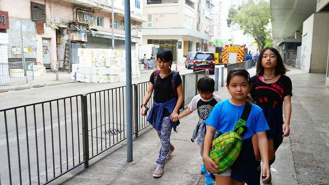 九龍の波止場に向おう(To the Kowloon wharf.)