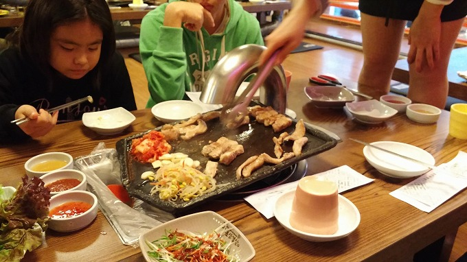 韓国の焼肉は… - (焼肉ランチ.)