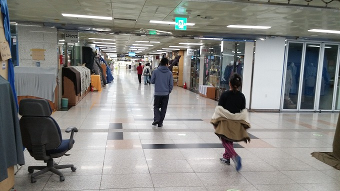 地下街 - 国立中央博物館へ(To National Hangeul Museum.)