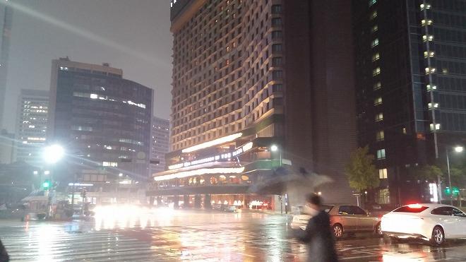ソウル・シティホール駅前