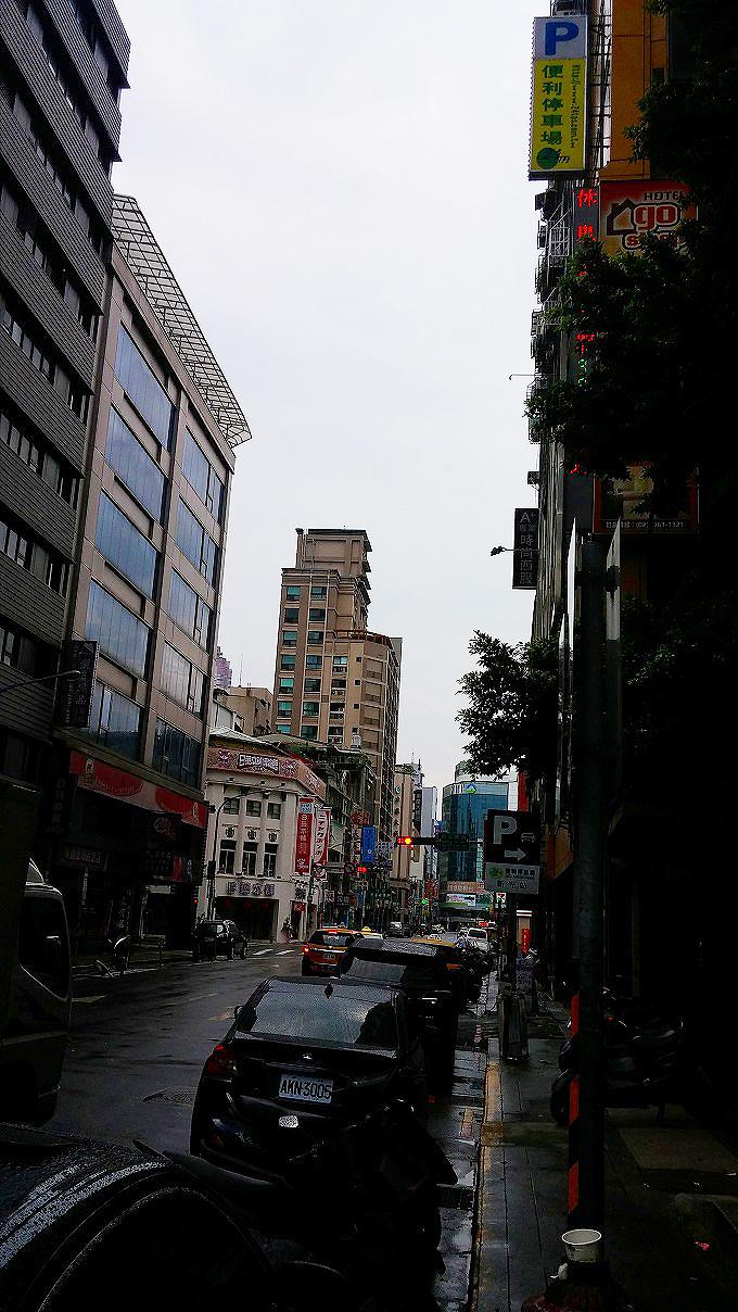台北の朝(台北的上午。)