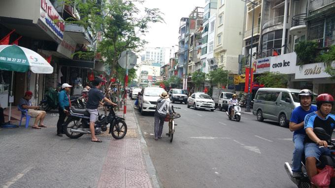 ベンタインの街を歩く(Walk around in Ben Thanh area.)