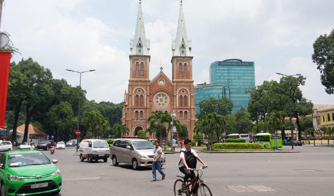 サイゴン聖母大聖堂(Saigon Notre-Dame Basilica/ [中]西貢聖母聖殿主教座堂)