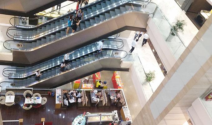 VINCOM CENTERのショッピングセンター側