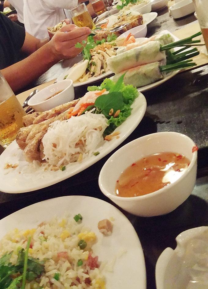 ホーチミンの会食(Dinner in HoChiMin.)