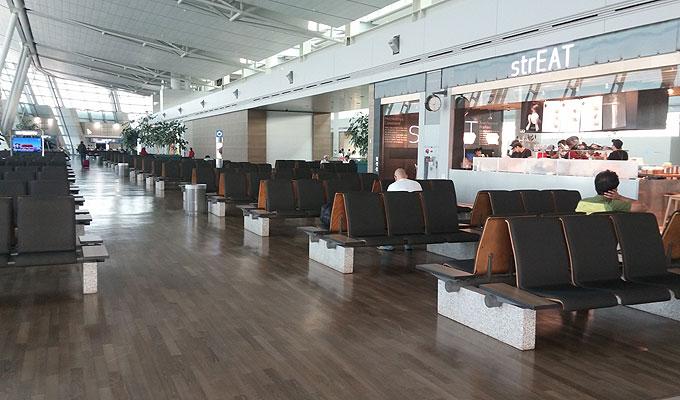 韓国・仁川国際空港・strEAT