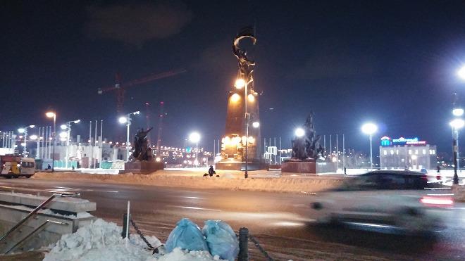 ウラジオストク中央広場。別名革命戦士広場。夜のウラジオストク