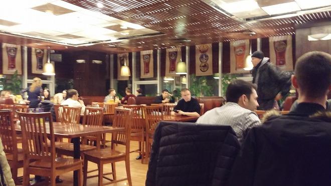 レストラン&ビアパブ「リパブリック(Republic)」