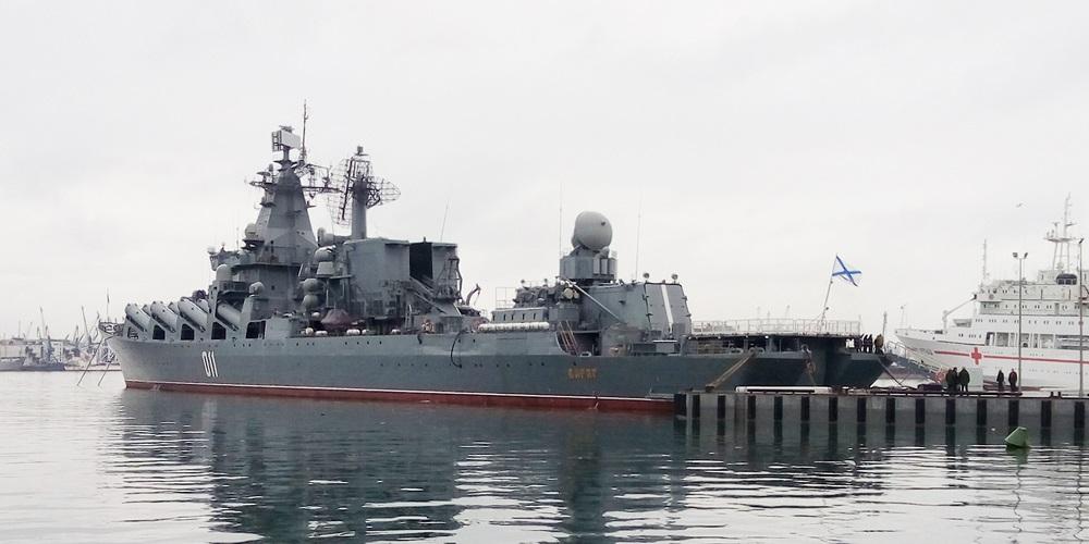 クラスヌィ・ヴィンペル記念艦