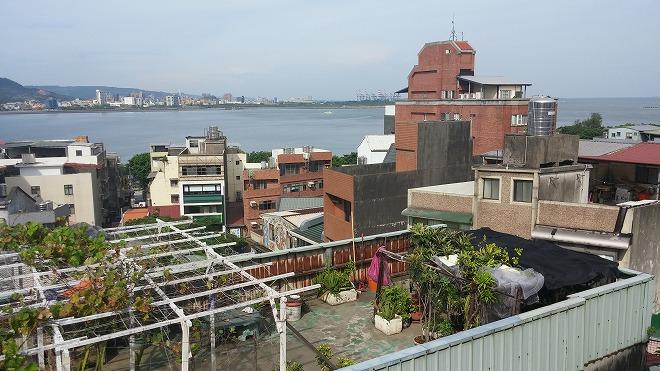台湾・新北市淡水。台北 トラベラーズ インターナショナル ホステル(Taipei Travelers International Hostel)