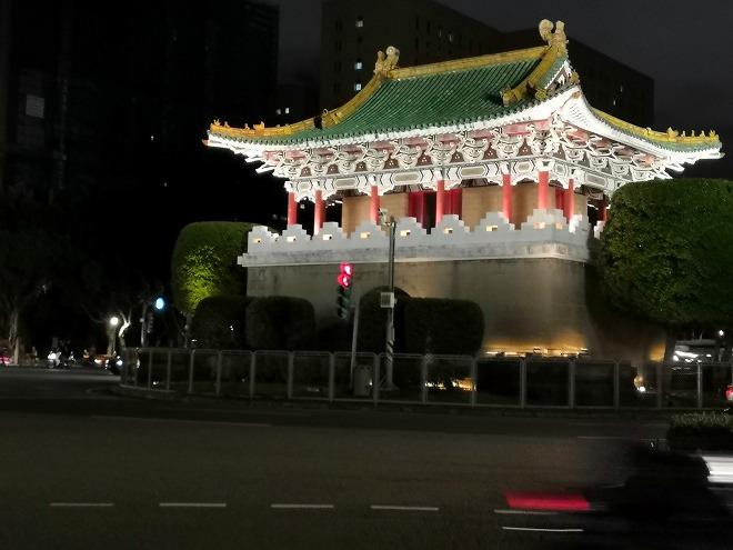 東門(景福門)